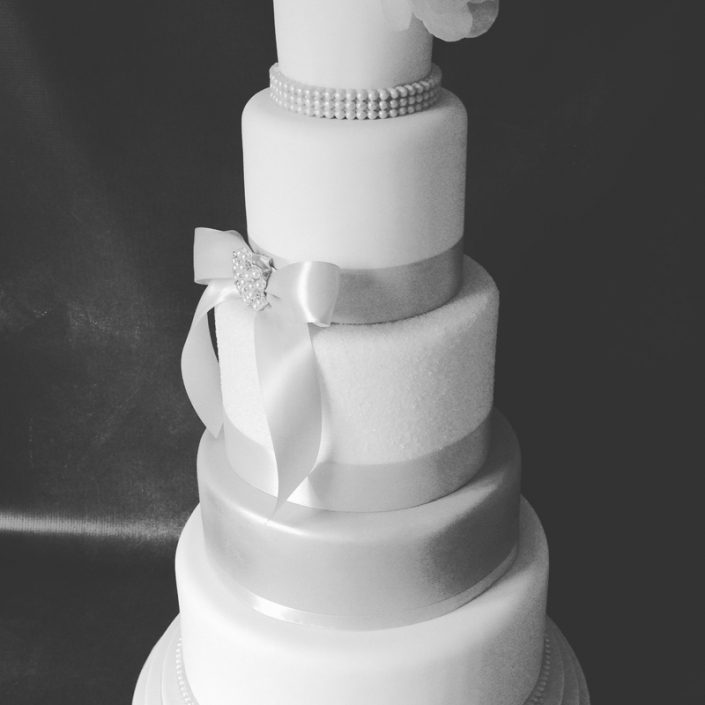 White & Silver Elegant Wedding Cake